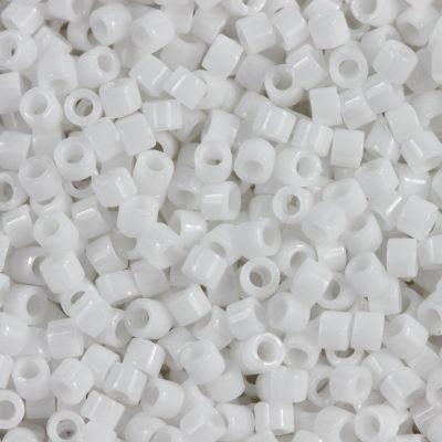 koraliki Miyuki Delica opaque white 1.6 x 1.3 mm DB-0200