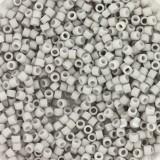 Perles Miyuki Delica opaque matte light smoke 1.6 x 1.3 mm DB-1518