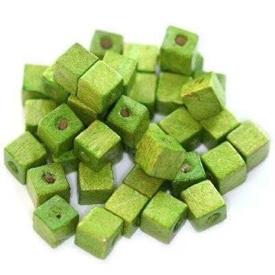 koraliki drewniane kostki jasno-zielone 6 mm