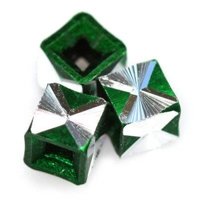 cubes aluminium beads emerald 5.5 mm