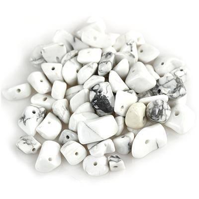 howlite chips howlite/ semi-precious stone