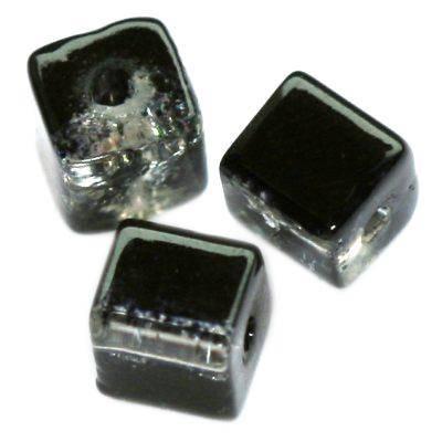 koraliki crackle kostki czarne 4 mm