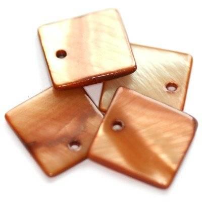 pendentifs nacre carrés bruns 15 x 15 mm