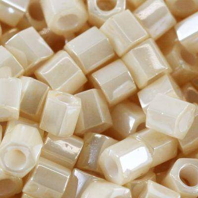 Toho hex opaque-lustered lt beige 3 mm TH-08-123