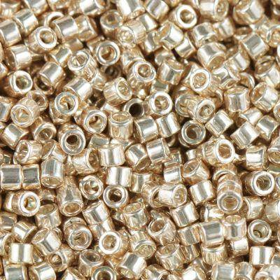 Miyuki pärlor Delica galvanized champagne gold 1.6 x 1.3 mm DB-0433 / seed beads