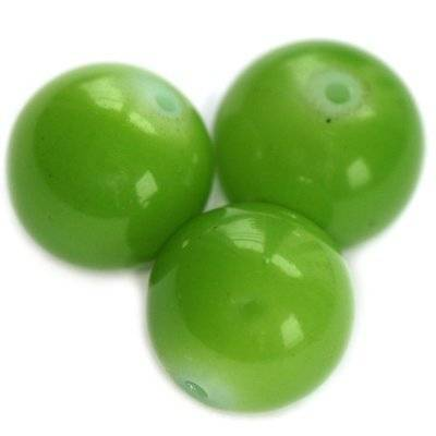 glass beads emerald 16 mm