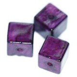 marble cubes dyed amethystine 3 x 3 mm / natural stone dyed