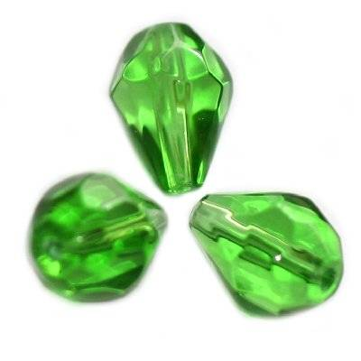glass beads teardrop faceted green 10 x 7 mm