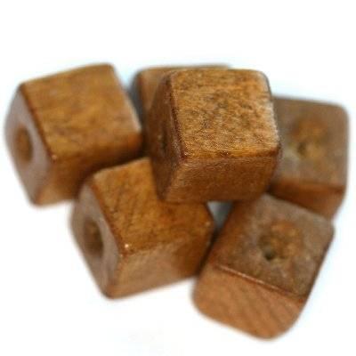 koraliki drewniane kostki jasno-brązowe 12 mm