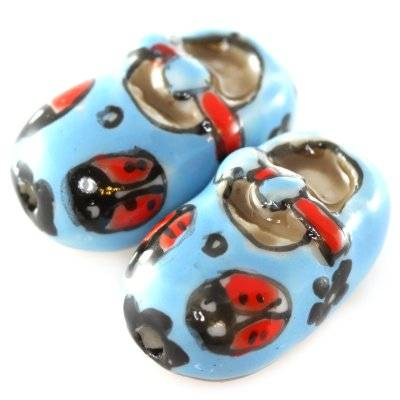 Schuhe Porzellanperlen blau-rot 13 x 20 mm