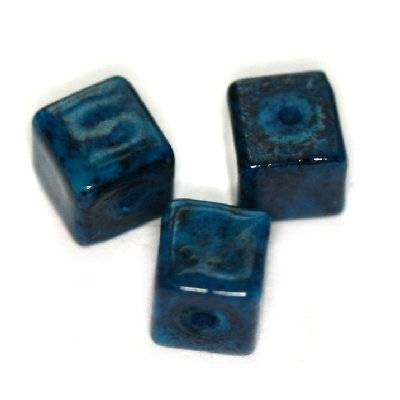 marble cubes dyed blue 4 x 4 mm / natural stone dyed