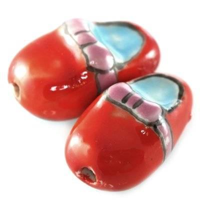 shoe porcelain red 13 x 20 mm