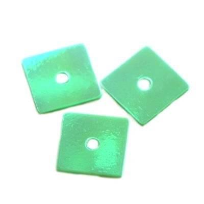 sequins cream - rainbow squares green 7 x 7 mm