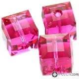 Swarovski cube beads fuchsia 8 mm