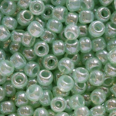 Toho beads round ceylon celery 2.2 mm TR-11-144