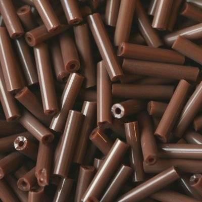 Röhrenförmige Glasperlen braun 4.5 mm