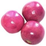 bolas de madeira cor-de-rosa