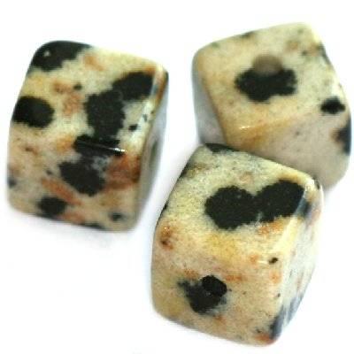 cubes jaspe dalmatien 8 mm