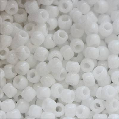 koraliki Toho round opaque white 2 mm TR-11-41