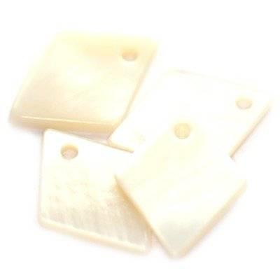 hangers parlemoer ruit crème 15 x 19 mm