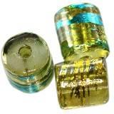 cilindri spaziali allo smeraldo con oro 7 x 8 mm