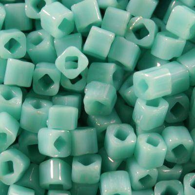 perline Toho cube opaque turquoise 1.5 mm TC-01-55