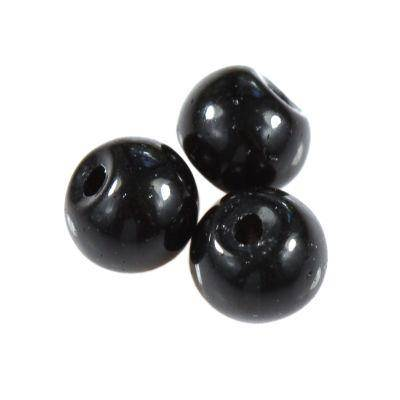 black onyx beads 4 mm / semi-precious stone synthetic