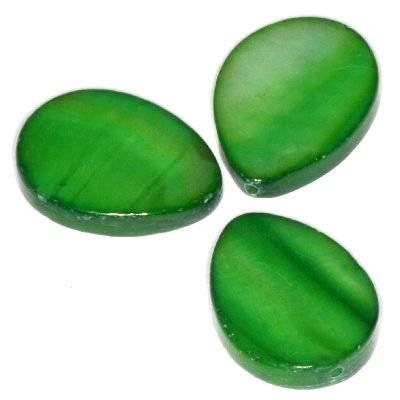 mother of pearl teardrop 13 x 18 mm green