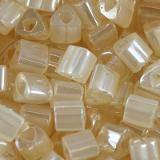 Toho beads triangle ceylon lt ivory 3 mm TG-08-147