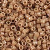 Perles Miyuki Delica duracoat opaque cedar 1.6 x 1.3 mm DB-2107