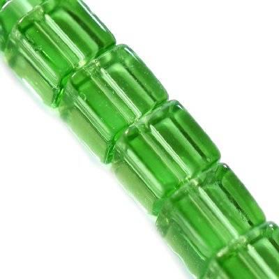 glass beads cube green 8 x 8 mm