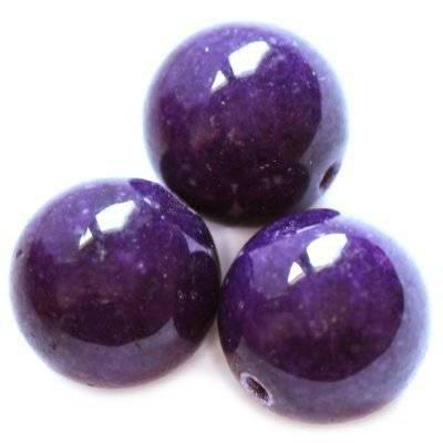 jade mountain beads violet 10 mm / semi-precious stone dyed