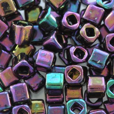 Toho beads cube metallic iris purple 3 mm TC-03-85