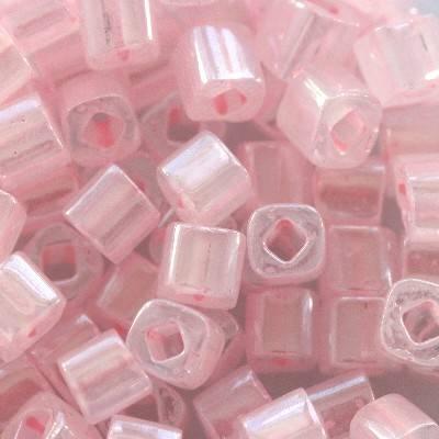koraliki Toho cube ceylon innocent pink 3 mm TC-03-145